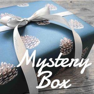 💕 Women's Clothing Mystery Box 📦